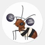 Ant lifting round sticker