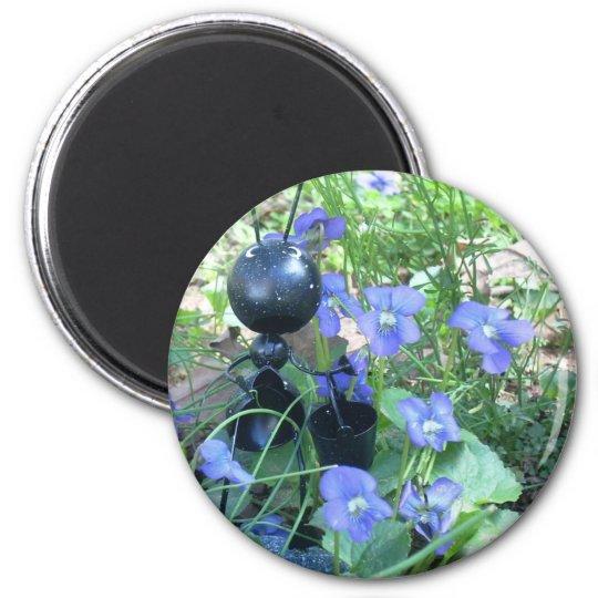 Ant & Violets 6 Cm Round Magnet