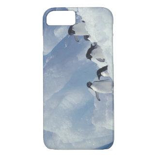 Antarctica. Adelie penguins iPhone 8/7 Case