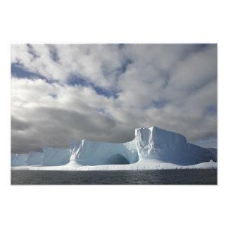 Antarctica, Bransfield Strait, Afternoon sun Photographic Print