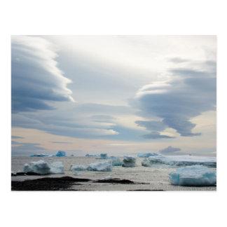 Antarctica. Brown Bluff. Lenticular clouds Postcard