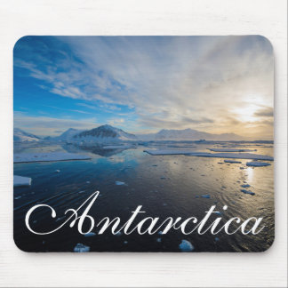 Antarctica. Near Adelaide Island. The Gullet 2 Mouse Mat