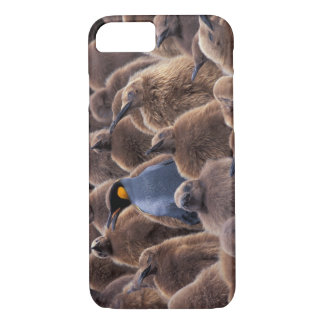 Antarctica, South Georgia Island, King penguins iPhone 8/7 Case