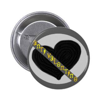 Anti valentine 6 cm round badge