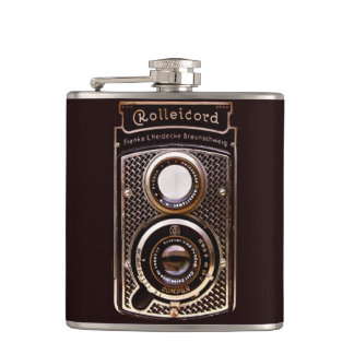 Antique camera rolleicord art deco flasks