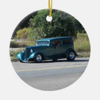 Antique car round ceramic decoration