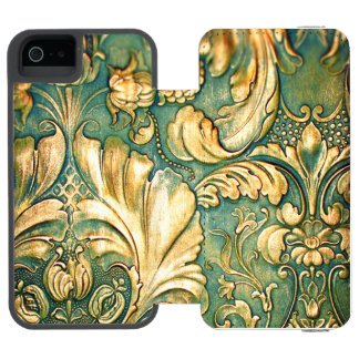 Antique Carved Wood Irish Green Flourish Floral Incipio Watson™ iPhone 5 Wallet Case
