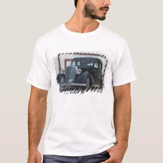 antique mercedes 3 T-Shirt