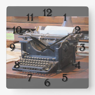 Antique Typewriter Clock