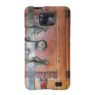 Antique Wooden Trunk or Chest Galaxy SII Cases