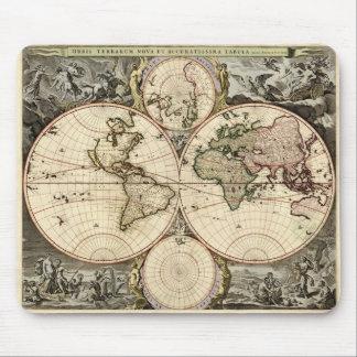 Antique World Map by Nicolao Visscher, circa 1690 Mouse Pad