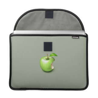 Apple on MacBook Pro 13ins sleeve