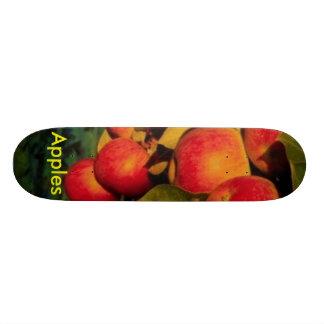 Apples 21.6 Cm Skateboard Deck