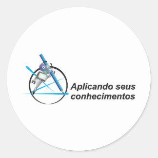 Applying its knowledge robozinho intelligent round sticker