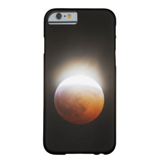 Approching the Total Eclipse of the Moon Barely There iPhone 6 Case