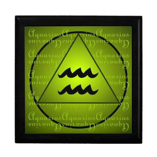 Aquarius Curly Script Triangle Circle Green Jewelry Boxes