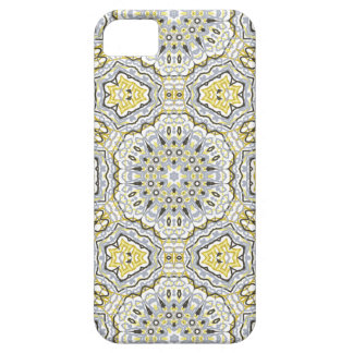 Arabesque pattern case for the iPhone 5