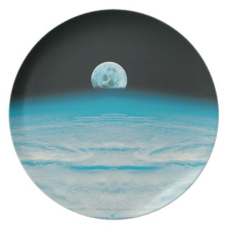 Arc of the Earth and Moon Plate