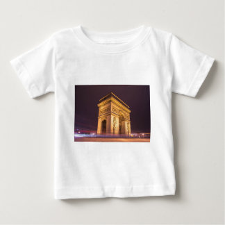 arch de triomphe in paris, france at night t shirts