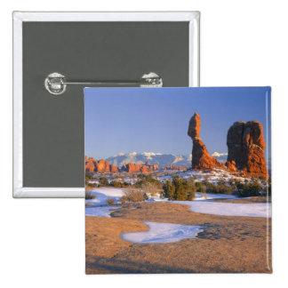 ARCHES NATIONAL PARK, UTAH. USA. Balanced Rock 15 Cm Square Badge