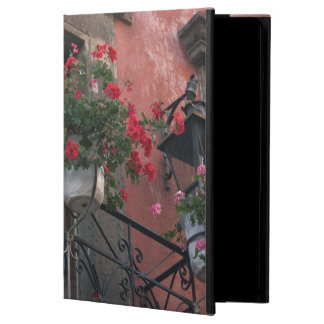 Architecture on the streets of San Miguel de Cover For iPad Air