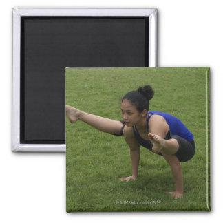 Arm balance square magnet