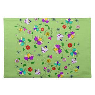 Armenian-inspired Spring Flower Pattern - Green Placemat