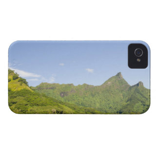 Arriving by ferry to Moorea, French Polynesia 2 Case-Mate iPhone 4 Case