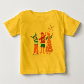 Art Baby: Happy Kids and Seagull Baby T-Shirt