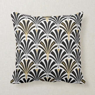 Art Deco fan pattern - black and white Cushion