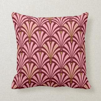 Art Deco fan pattern - pink and maroon Cushion