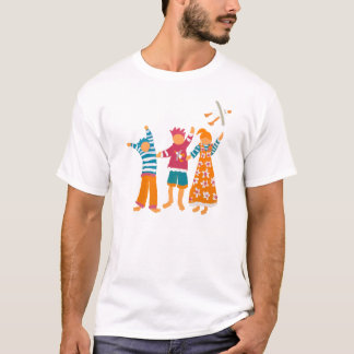 Art T-Shirt: Happy Kids and Seagull. T-Shirt