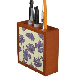 Art vintage floral pattern background desk organiser