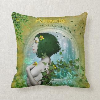 Artemis pillow