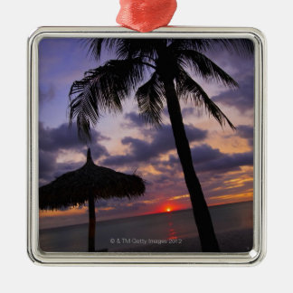Aruba, silhouette of palm tree and palapa Silver-Colored square decoration