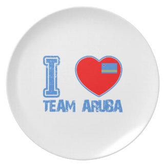 Aruban designs dinner plates