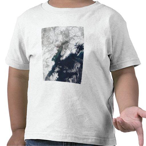 Ash plume from Mount Redoubt, Alaska Tshirts