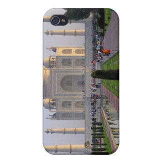 Asia, India, Uttar Pradesh, Agra. The Taj 3 iPhone 4 Cover