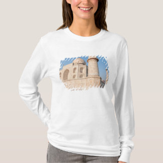 Asia, India, Uttar Pradesh, Agra. The Taj 4 T-Shirt