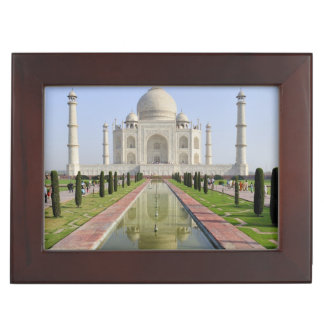 Asia, India, Uttar Pradesh, Agra. The Taj 5 Keepsake Box