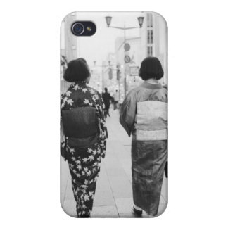 Asia, Japan, Tokyo. Geishas on the Ginza. iPhone 4 Case