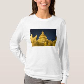 Asia, Maynmar, Yangon, Buddhist temple in Yangon T-Shirt