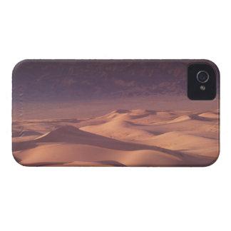 Asia, Mongolia, Gobi Desert, Gobi Gurvansaikhan Case-Mate iPhone 4 Case