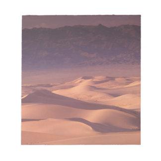 Asia, Mongolia, Gobi Desert, Gobi Gurvansaikhan Notepad
