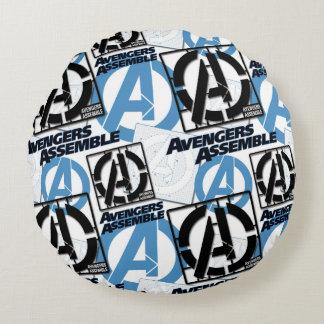 Assemble Pattern Round Cushion