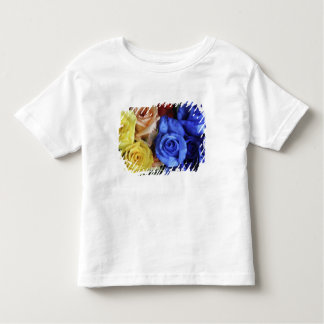 Assorted fresh rose bouquets toddler T-Shirt