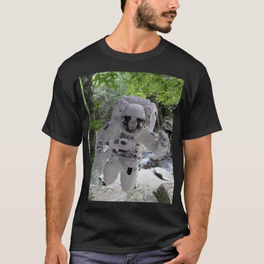 Astronaut Explores Earth Black t-shirt