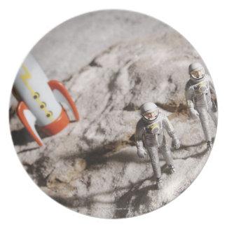 Astronaut Figurines Plates