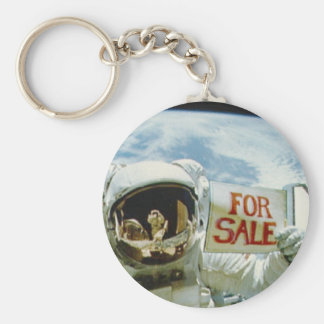 Astronaut Sells Earth Basic Round Button Key Ring