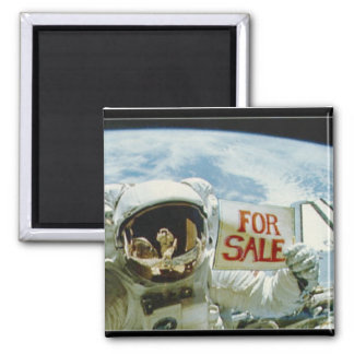 Astronaut Sells Earth Square Magnet